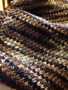 Love this stitch using this yarn.  Free Pattern: Varius