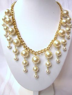 "The ""Petite Caroline""  Gold & Pearl Necklace Inspired by the ""2 Broke Girls"" TV show."