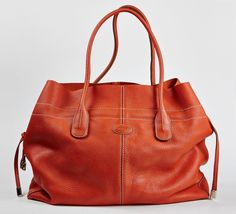 Tote Handbags, Purses And Handbags, Leather Handbags, Tote Purse, Orange Bag, Orange Tote Bags, Dark Autumn, Beautiful Bags, My Bags
