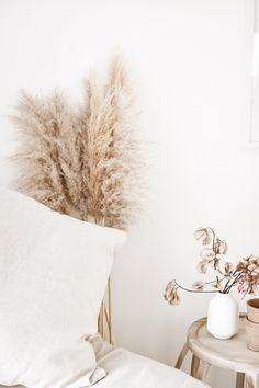 Nook - Interior Decor - Decor - Styling - Stylist - Interior Design - Pampas - Linen - Pots - Flowers - Neutral - Home - Photography - Content - Beautiful Bedside Table Styling, Flower Pots, Flowers, Interior Decorating, Interior Design, Nook, Neutral, Stylists, Content