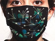 Thermocromic Flu Masks by Marjan Kooroshnia