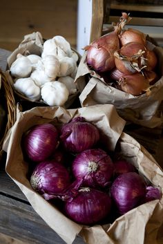 "The flavonoids in onion tend to be more concentrated in the outer layers of the flesh. To maximize your health benefits, peel off as little of the fleshy, edible portion as possible when removing the onion's outermost paper layer. Even a small amount of ""overpeeling"" can result in unwanted loss of flavonoids. For example, a red onion can lose about 20% of its quercetin and almost 75% of its anthocyanins if it is ""overpeeled."""