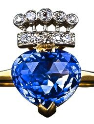 Carat Kashmir Sapphire and Diamond Ring, pear-shape, briolette-cut sapphire, gold and platinum. Antique Rings, Antique Jewelry, Vintage Jewelry, I Love Jewelry, Fine Jewelry, Heart Jewelry, Jewellery Box, Jewelry Rings, Jewlery