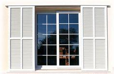 Aluminios Garcilaso | Productos - Persianas mallorquinas de aluminio | Carpintería de aluminio en Barcelona Grill Gate, Shading Device, Security Door, Shower Floor, Shutters, Exterior, House Design, Windows, Doors