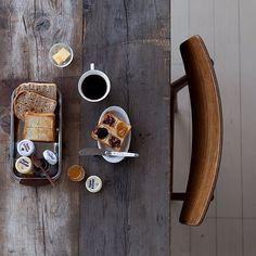 Enjoying toast with many kinds of jam. いろんなジャムを少しずつ #onthetable #gustavsberg