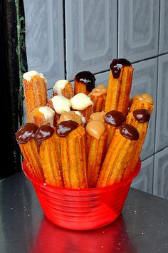 Mmm...churros y chocolate...Oh how I miss Barcelona!