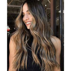 Beautiful balayage created by Brown Hair Balayage, Hair Color Balayage, Hair Highlights, Bronde Bayalage, Hair Colour, Damp Hair Styles, Short Hair Styles, Brunette Hair, Blonde Hair