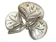 Vimtage Signed PARCO Silver Tone Leaf Like Brooch PIn