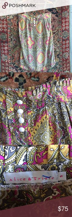 """Alive and Trixie Dress Top Wear as a dress, coverup or Top and tuck it in. Pretty and ornate pattern with ruffled and Button placket. In excellent condition. 100% Silk with pockets and made in the USA. 17.5"""" underarm to underarm and 33.5"""" L Alice and Trixie Dresses Mini"""
