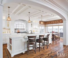 Designs by Sundown is a 2020 Gold List honoree featured in Luxe Interiors + Design. See more of this design professional's projects. Home, Home Kitchens, Luxe Interiors, Kitchen Design, Sweet Home, House, White Kitchen Traditional, Interior Design, Kitchen Style