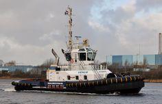 Rondje voor de fotograaf  31 december 2015 op het Noordzeekanaal t.h.v. Velsen Zuid  http://koopvaardij.blogspot.nl/2016/01/rondje-voor-de-fotograaf.html