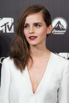 Emma Watson // Berry Lipstick and Side-Swept Hair