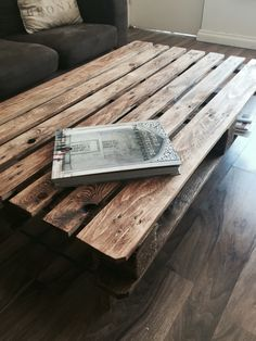 Recycle pallet coffee table -by Tim Brewer