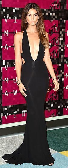 Lily Aldridge: VMAs 2015 // stunning! love this classic black