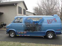 1977 Dodge B200 Tradesman Levis Van..vk