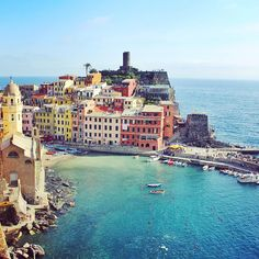 Here is the small village of Vernazza , part of the cinque terre on the Italian coast taken by one of the @capptura team. Show us your adventure snaps using the #Capptura and it could feature on our blog! #photography #picoftheday #photooftheday #instagood #follow #italy #summer #adventure #explore