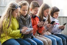 Safer Internet Day 2017 report finds 80% of kids are inspired by online media | WIRED UK