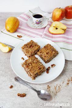 Orechovo jablkový koláč