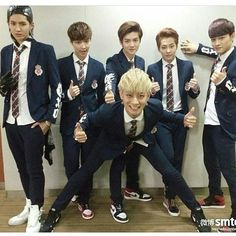 Exo-M. Perfect group . Tao,Lay,Luhan,Chen,Xiumin,Kris.