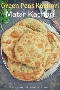 Green Peas Kachori or Bengali Matar Kachori is a delightful deep fried flatbread stuffed with spicy green peas mixture. This is very simple and delicious recipe that needs no side dish and can be enjoyed as is. #flatbread #bread #bengali #poori #kachori #vegan #vegetarian #mycookingjourney #peas #greenpeas Yummy Pasta Recipes, Quick Bread Recipes, Brunch Recipes, Vegetarian Recipes, Dinner Recipes, Vegan Vegetarian, Yummy Food, Easy Recipes, Snack Recipes