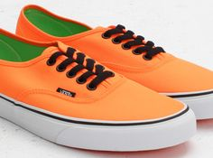 THIS IS STRAIGHT UP SWAG!!! #Vans Authentic – Neon Orange – Green