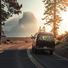 The road trip across the United States showed us that we have to see more of the world, that there are so many adventures, just waiting for us... so Michael's wish to buy our van got stronger and stronger.