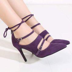Mauve Velvet Footwear With Lace Design