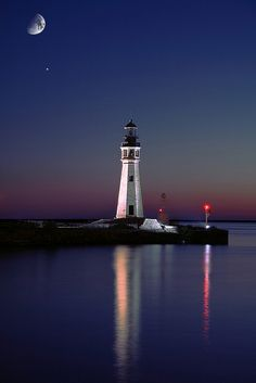 Lake Erie Lighthouse in the moonlight