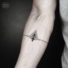 tatuajes simples para hombres pequeño