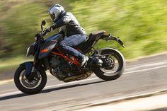 5) Best Open-Class Streetbike: KTM 1290 Super Duke R