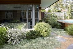 43 easy, simple and cheap landscape ideas for front yard 34