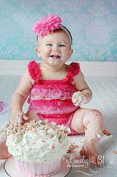 cake smash - bead board floor!