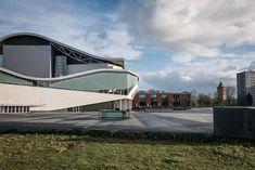 Het Chassé theater Breda. Maar dan eens van een kant die je minder vaak ziet. Althans ik. #willemlaros.nl #fotograaf #reisfotografie #reisblog #reizen #reisjournalist #fotoworkshop  #landschapsfotografie #redacteur #flickr #fbp #500px
