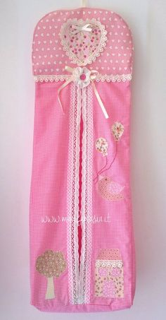 Cloth diaper holder for baby's bedroom- porta pannolini … – Baby Baby Baby Wear Cloth diaper holder for baby's bedroom- porta pannolini .- Cloth diaper holder for baby's bedroom- porta pannolini di stoffa per camere… Cloth diaper holder f Diaper Holder, Cloth Diaper Pattern, Homemade Baby Foods, Clothes Crafts, Baby Bedroom, Baby Registry, Cloth Diapers, Baby Wearing, Kids And Parenting