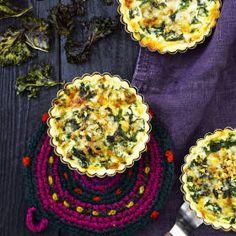 Juustoinen lehtikaalipiirakka on maukasta syötävää illanistujaisiin. Kuva: Sami Repo.