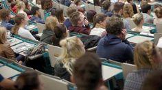 Fachidioten erobern die deutschen Universitäten Abschlüsse in Körperpflege, Kreuzfahrt oder Immobilienbewertung? An deutschen Hochschulen ist alles möglich, 18.000 Fächer gibt es schon. Für die Studenten entstehen dadurch zahlreiche Probleme.