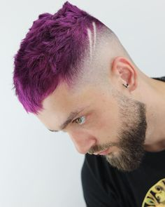 Mens Haircuts 2018 Check out the Top 100 Gallery. Mens Hair Colour, Cool Hair Color, Burgundy Hair, Purple Hair, Fit Girl Motivation, Workout Motivation, Best Barber, Haircut And Color, Anime Hair