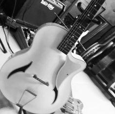 Retro White Guitar