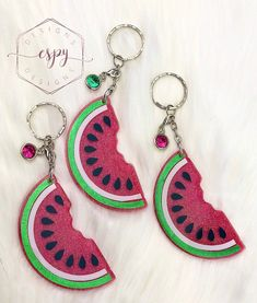 Excited to share this item from my #etsy shop: Watermelon slice keychain Glitter Tumblr, Watermelon Slices, Tumbler With Straw, Keychains, Badge, Gifts For Her, Birthday Gifts, Crochet Earrings, Give It To Me