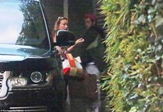 EXCLUSIVE: New couple alert? Harry Styles, 26, and Olivia Wilde, 36, were pictured arriving back at his LA home on Monday after 'growing close' on the set of their new movie Don't Worry Darling and are thought to be dating Tess Ward, Kaitlyn Dever, Jason Sudeikis, Caroline Flack, Harry 1d, Latest Celebrity News, Olivia Wilde, Tv Presenters, Victorias Secret Models