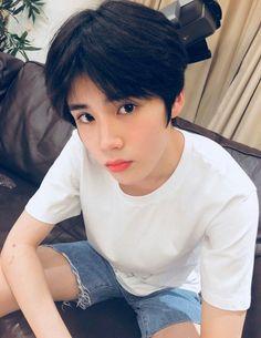 Most popular cute baby asian boys Ideas Cute Teenage Boys, Teen Boys, Cute Boys, Cute Babies, Korean Babies, Cute Korean Boys, Asian Boys, Korean Boy Hairstyle, Teen Boy Hairstyles
