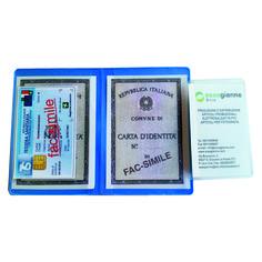 Porta carta d'identità + due card  Quantità: 1000 pz.  Materiale: pvc pastello in dieci colori. Personalizzabile in serigrafia.  Dimensione: cm 12x17 aperto