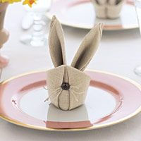 Brighten up your Easter table with these whimsical bunny napkins. Use different colored pastel napkins to make your table even more fun! From Good Housekeeping Bunny Napkins Hoppy Easter, Easter Bunny, Easter Eggs, Easter Food, Bunny Napkin Fold, Napkin Folding, Napkin Origami, Easter Dinner, Easter Party