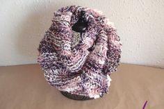 """#Cuello ref. cupla031 de lana en """"mecha"""" acrílica 100% ligada con peluche de poliamida. Suaves al tacto y color en degradé.en tonos lilas y rosas. Más en www.eltallerdenoa.com #scarf #muffler #Knitting #puntodemedia #wool"""