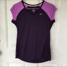 Nike tee In good condition Nike Tops Tees - Short Sleeve