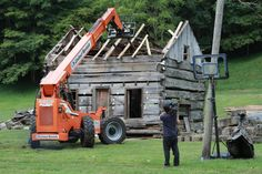 Mark Bowe and his crew of West Virginia master craftsmen salvage antique barns and cabins. Take a look behind the scenes to see what his team encounters along the way.