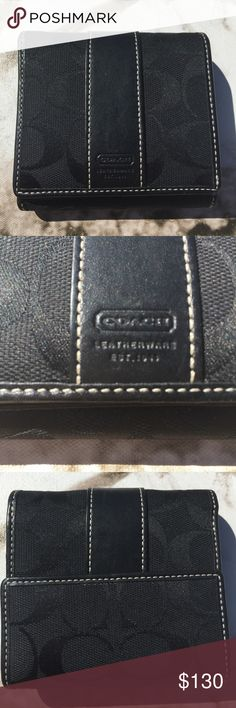 BLACK COACH WALLET! LIKE NEW! Perfect condition! Like new! Coach Bags Wallets