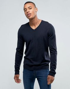 Get this Asos's v-neck pullover now! Click for more details. Worldwide shipping. ASOS V-Neck Jumper in Navy - Navy: Jumper by ASOS, Lightweight knit, V-neck, Ribbed trims, Regular fit - true to size, Machine wash, 100% Acrylic, Our model wears a size Medium and is 6'1�/185.5 cm tall. ASOS menswear shuts down the new season with the latest trends and the coolest products, designed in London and sold across the world. Update your go-to garms with the new shapes and fits from our ASOS design…