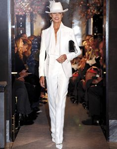 Lauren Hutton modelling in Tom Ford's s/s2011 show. Thank you Lauren for breaking the beauty mold, and breaking the age barriers. Beauty is beauty at any age...and it is always unique.