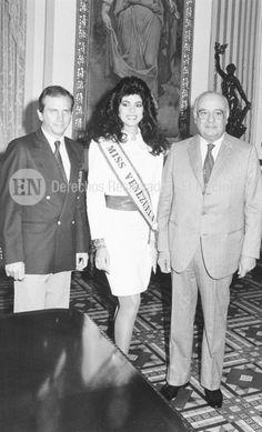 El presidente de la organización Miss Venezuela Osmel Sousa, Miss Venezuela 1988 Yajaira Vera Roldán y el Presidente de Venezuela Jaime Lusinchi en la Palacio de Miraflores. Caracas (ARCHIVO EL NACIONAL)